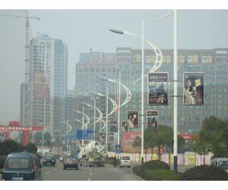 市心北路(解放河至机场路段)两侧路灯杆灯箱广告